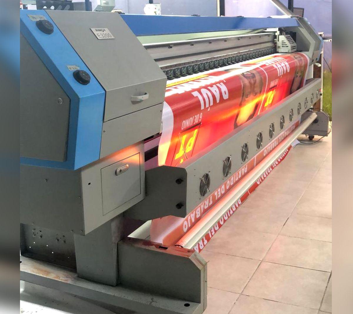 salida de impresión de 3.20 metros